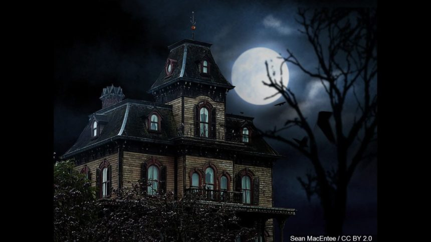 Thrill Seekers Guide To Haunted Houses In El Paso Kvia