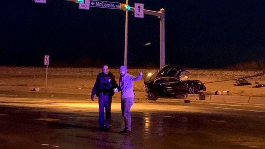 car-pole-fatality