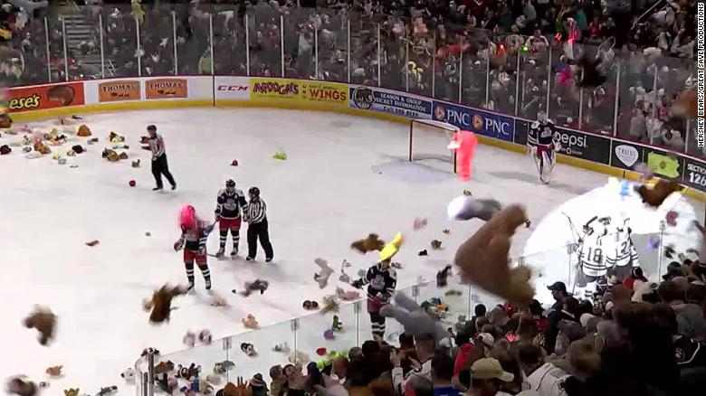 teddy-bear-toss