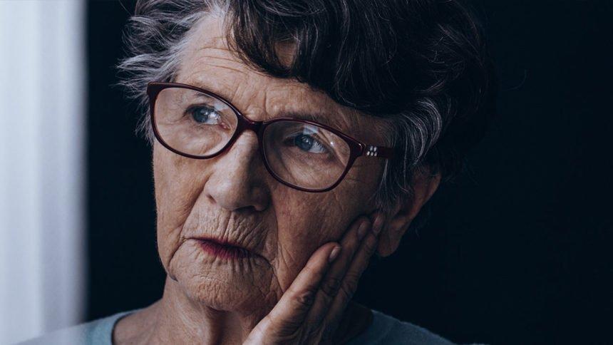 Women and Alzheimers disease