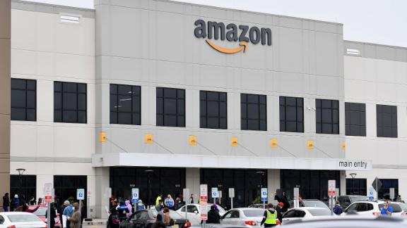 Can't wait for Amazon's El Paso hub to open? It's now hiring for 33,00... image