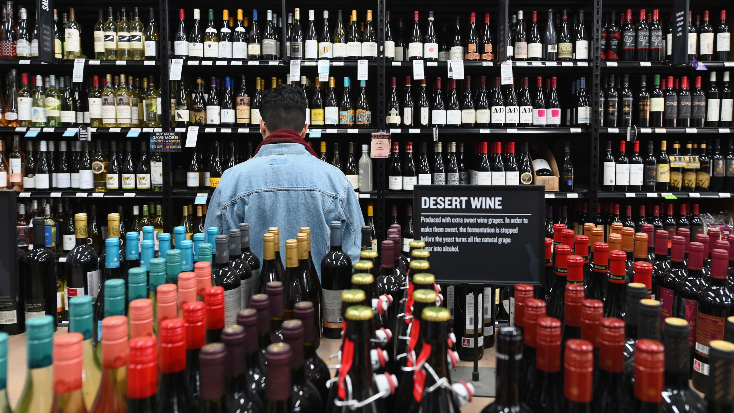 No New Virus Deaths In New Mexico But Liquor Stores Must Close Grocery Stores Limit Customers Kvia