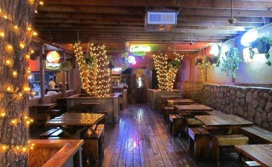 aceitunas-beer-garden