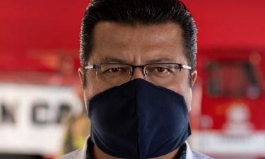 juarez-mayor-wears-mask