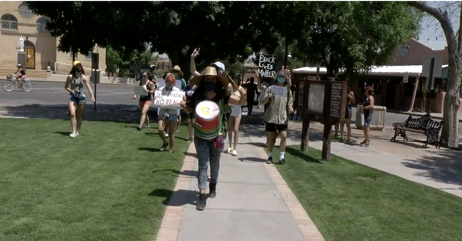 las cruces protesters