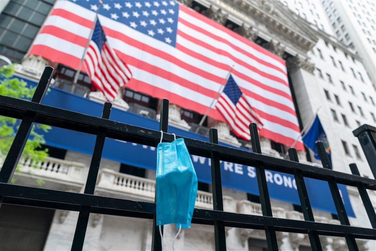 Face mask New York Stock Exchange