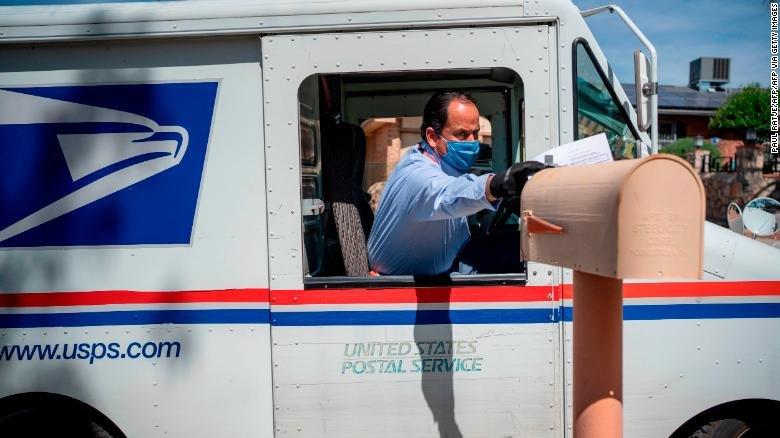 usps-united-states-postal-service-worker-el-paso