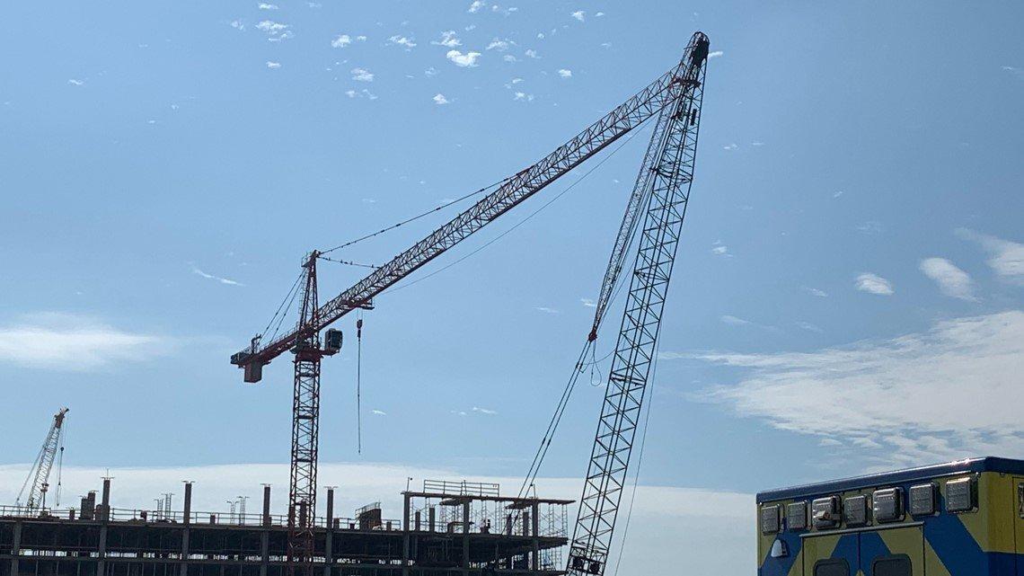 cranes-collide