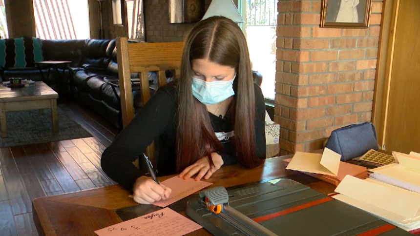 El Paso girl writes letters to Fort Bliss soldiers