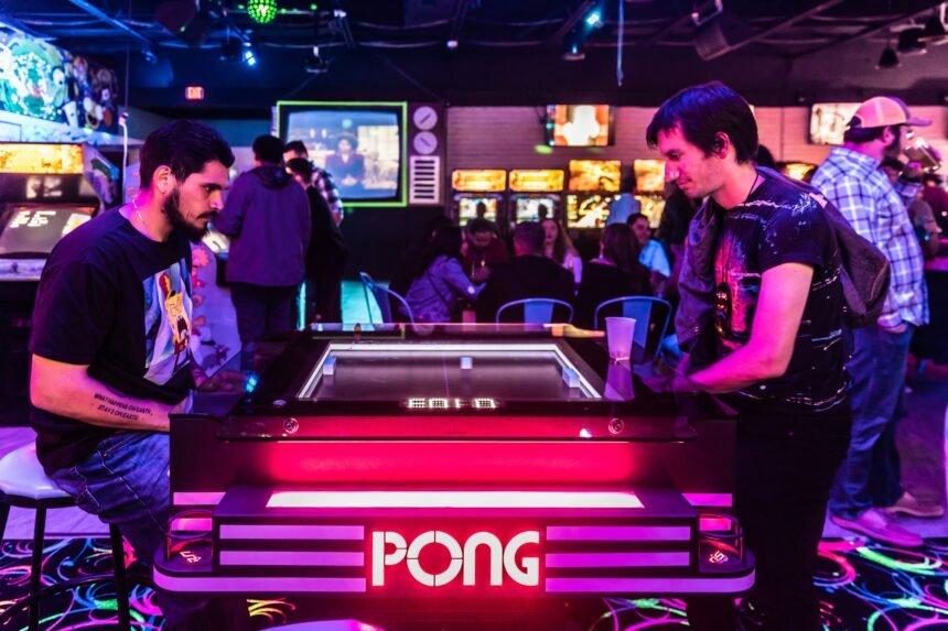 rubiks-arcade-bar