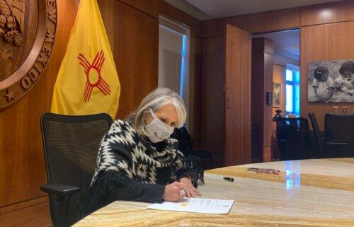 lujan-grisham-bill-signing