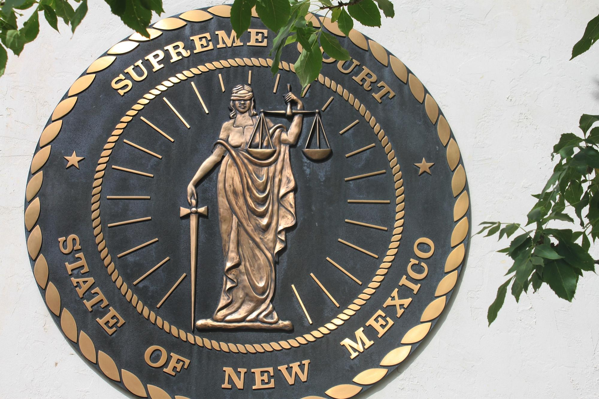 The seal of the New Mexico Supreme Court.