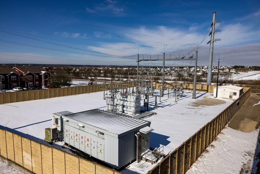 An electrical substation in Texas during the bitter cold.