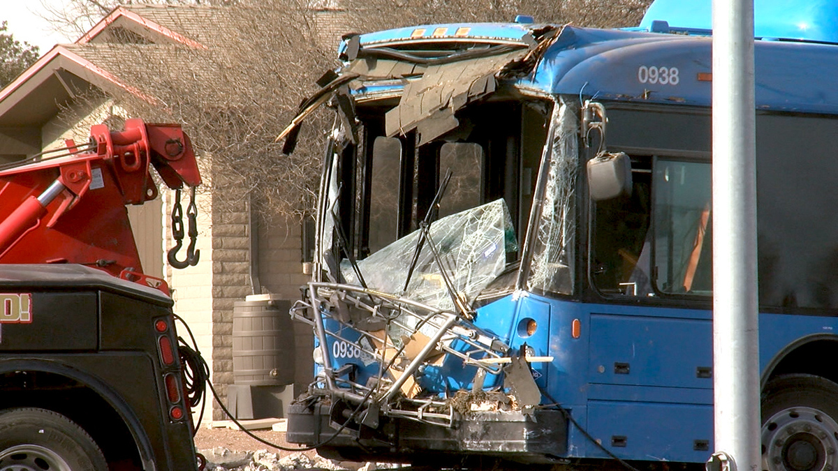 Sun Metro bus crashes into east El Paso home - KVIA El Paso