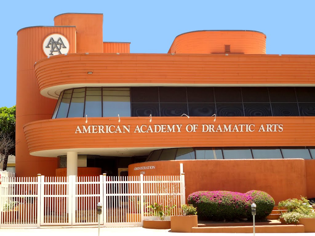 EPCC theater student accepted to American Academy of Dramatic Arts - KVIA