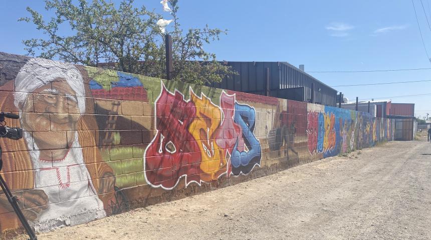 coco-grandma-mural