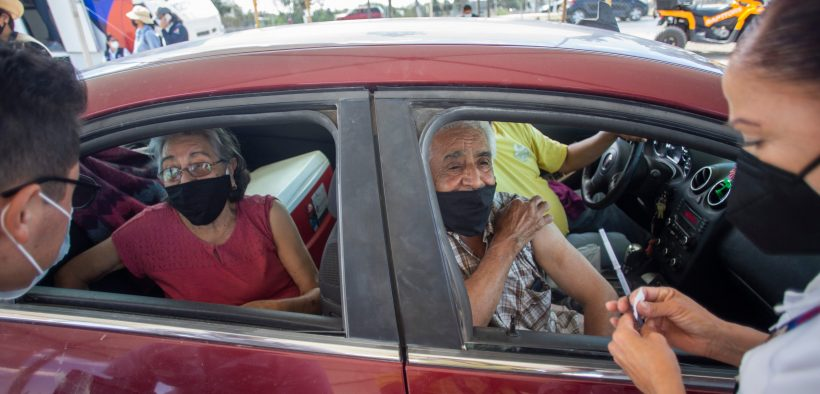 Ciudad Juárez inoculation efforts at the Chihuahua Health Department for people 60 and older.