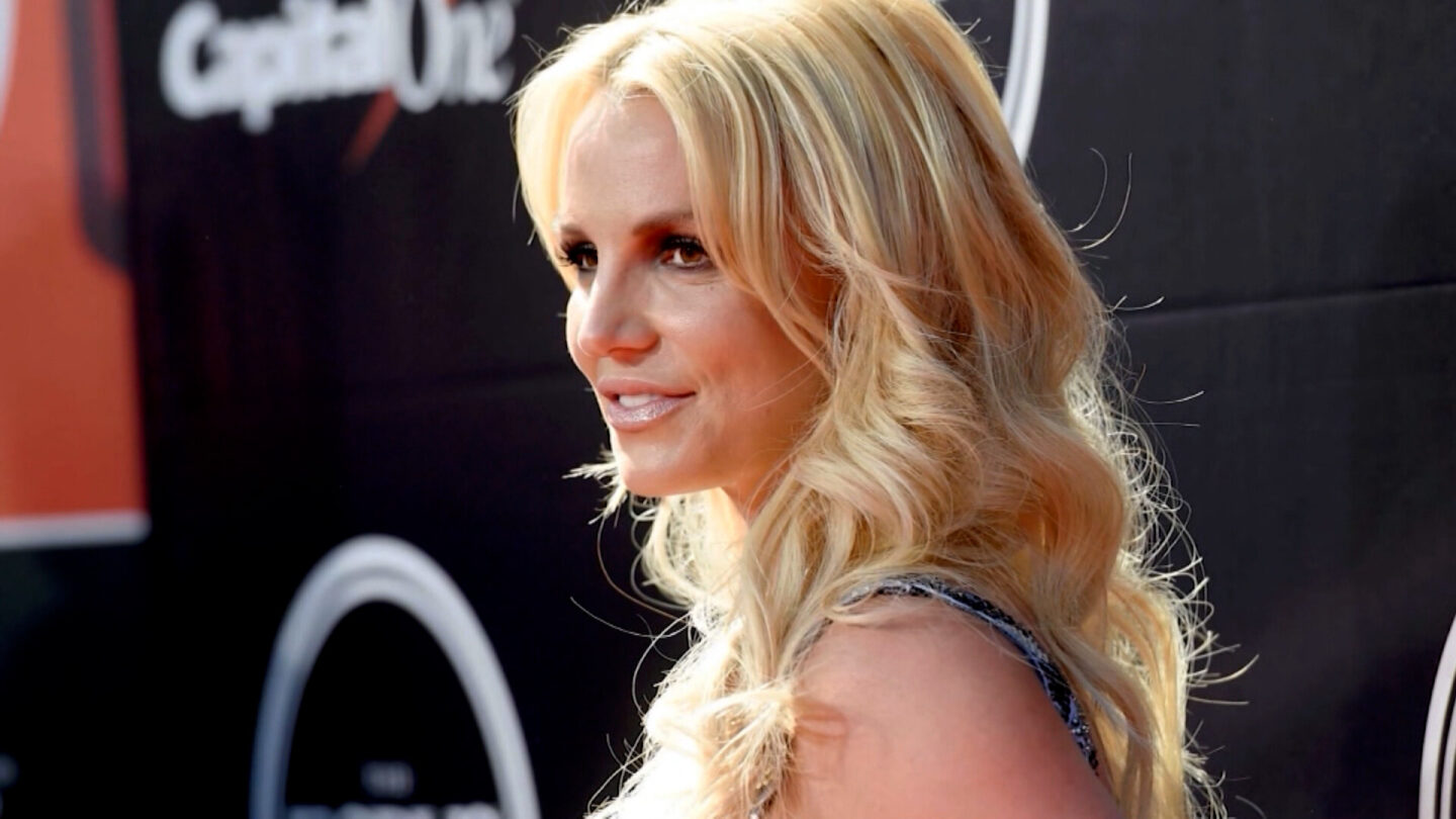 <i>CNN</i><br/>Britney Spears' newly hired lawyer filed a petition July 26 seeking to remove the singer's father
