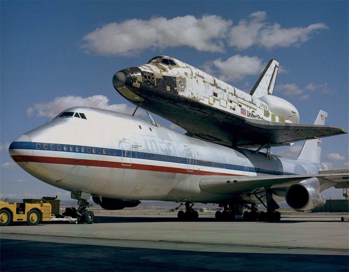 <i>NASA</i><br/>