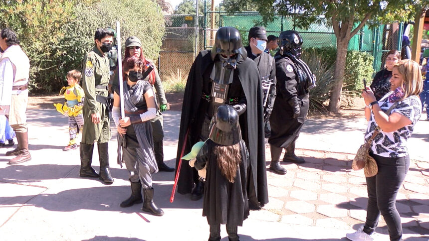Sunday Funday Moment: The El Paso Zoo welcomes super heroes, villains and more for day one of 'Boo at the Zoo'